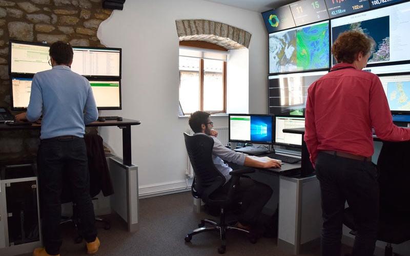 bsr-monitoring-control-room-main-image